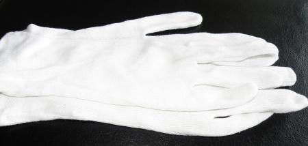 Handschuhe für Foliendecken